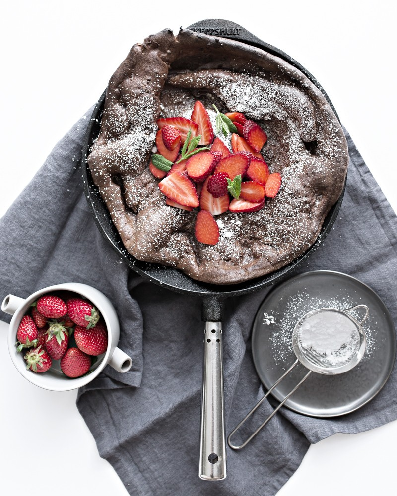 chocolate dutch baby – perfect weekend breakfast
