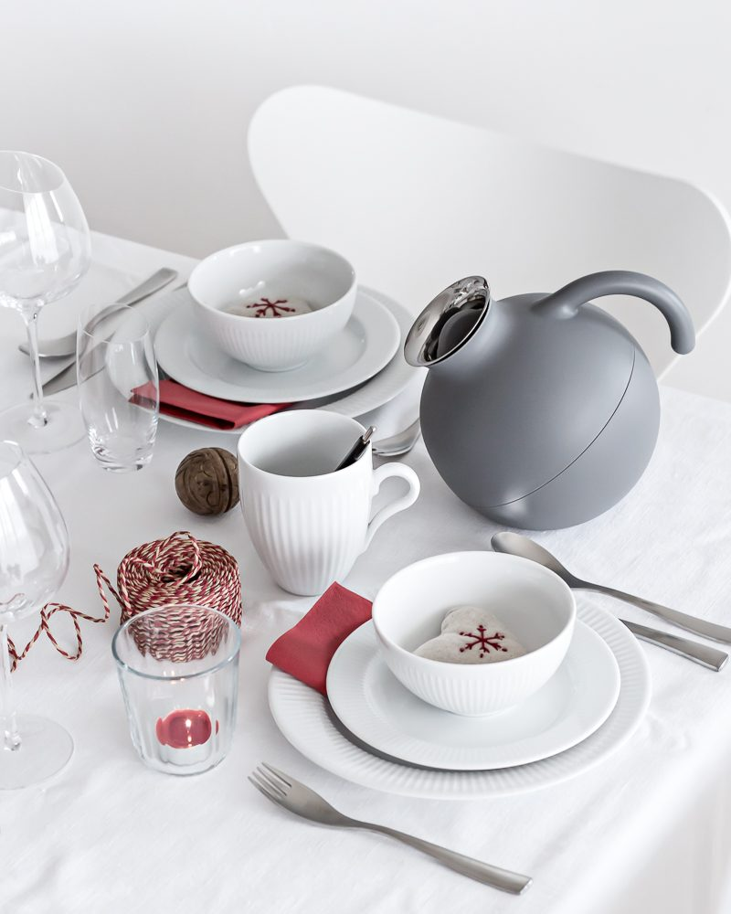 Red or Green? Holiday Tablesetting | www.my-full-house.com | Top Scandinavian Interior and Lifestyle Blog