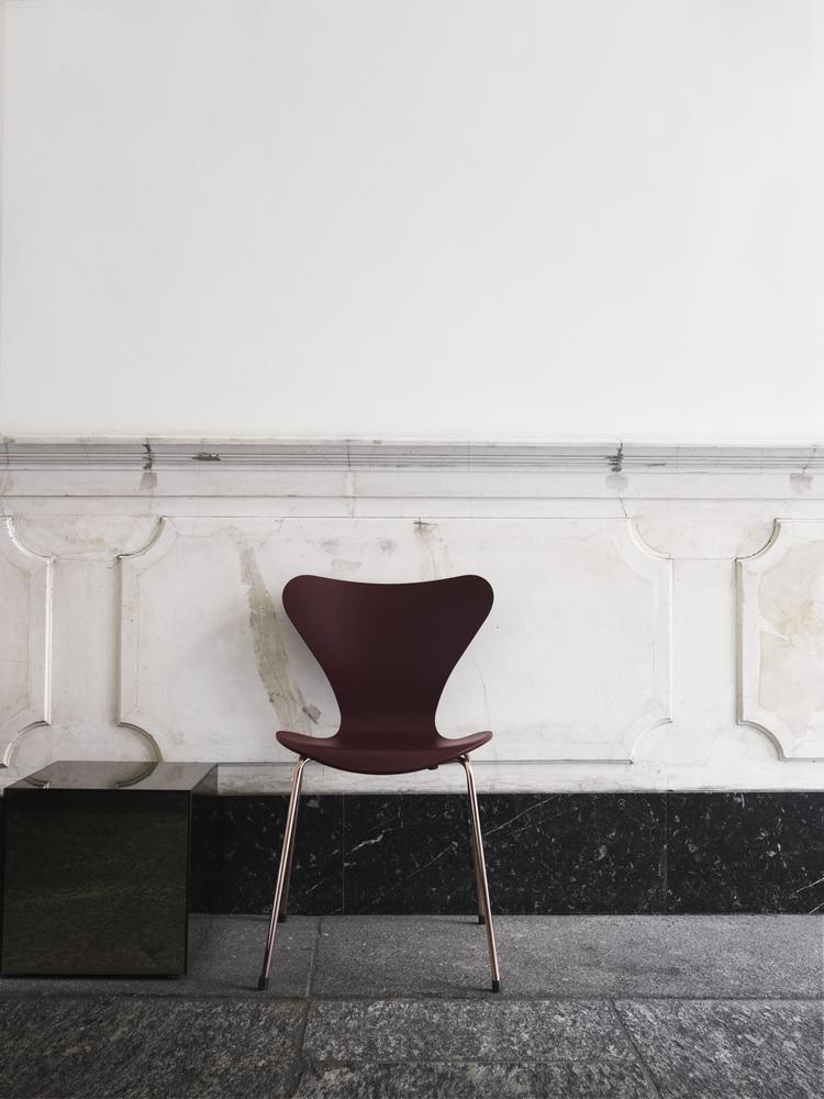 Fritz Hansen's Choice 2017 - Series 7 Chair | www.my-full-house.com | Top Scandinavian Interior and Lifestyle Blog