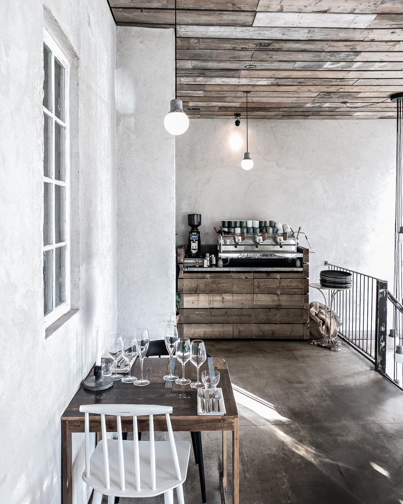 Höst - a must try restaurant when in Copenhagen  www.my-full-house.com   Top Scandinavian Interior and Lifestyle Blog