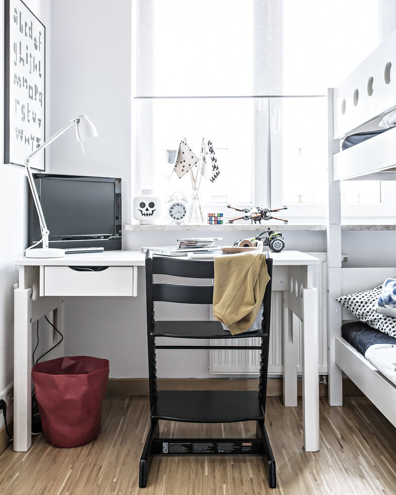Monochrome scandinavian boys room | www.my-full-house.com | Top Scandinavian Interior and Lifestyle Blog