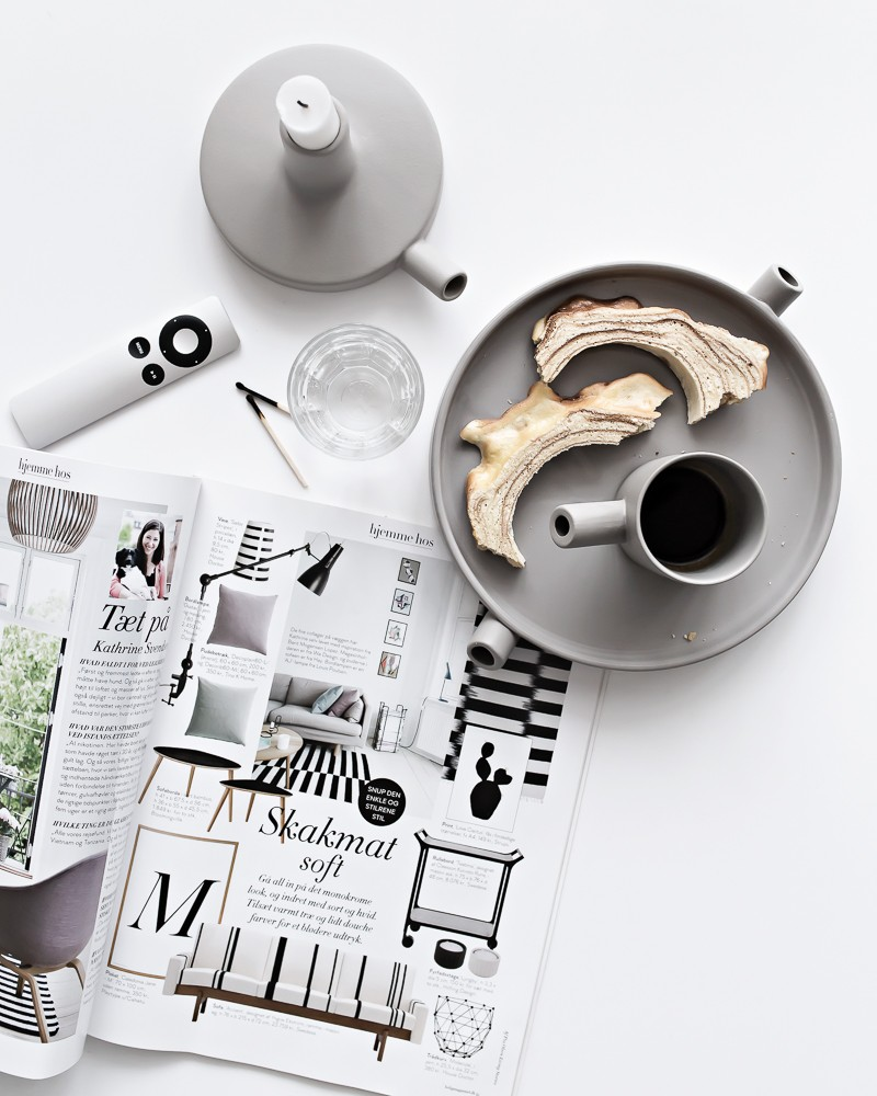 Old magazines and a gnarled cake   www.my-full-house.com   Top Scandinavian Interior and Lifestyle Blog