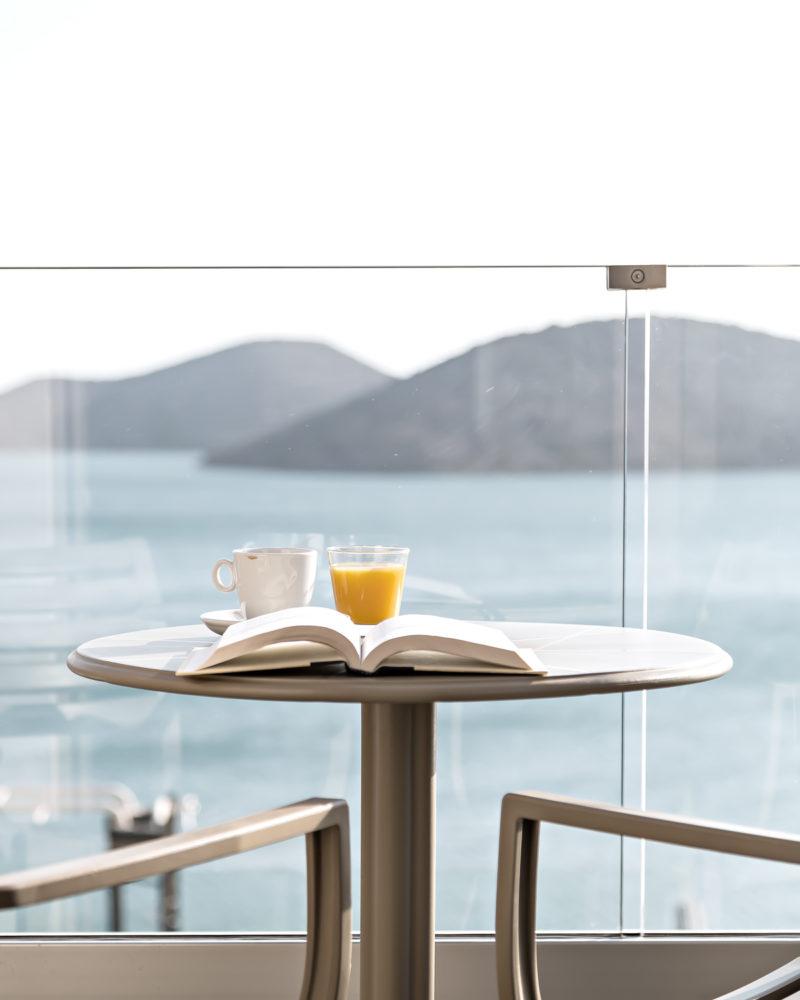 Midweek breakfast in bed | www.my-full-house.com
